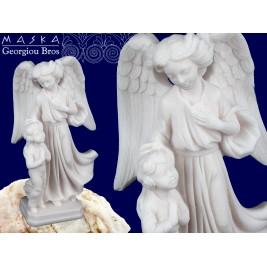 Anioł Stróż z dzieckiem - alabaster grecki 14 cm